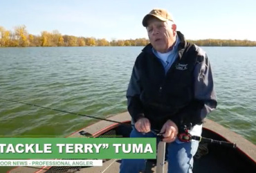 Another look at a top all-American bass-fishing presentation: wacky rigging [video]