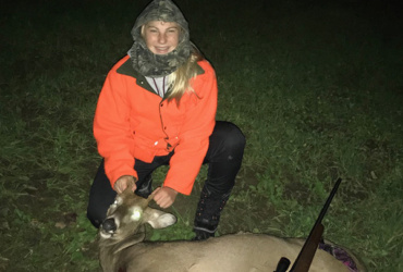 Homecoming dance? No, this Wisconsin girl is hunting