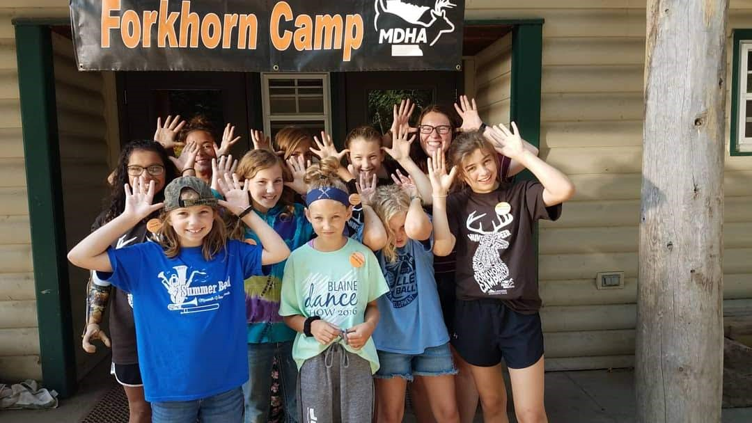 Laurentian Environmental Center Forkhorn Camp Attendees with Youth Mentors